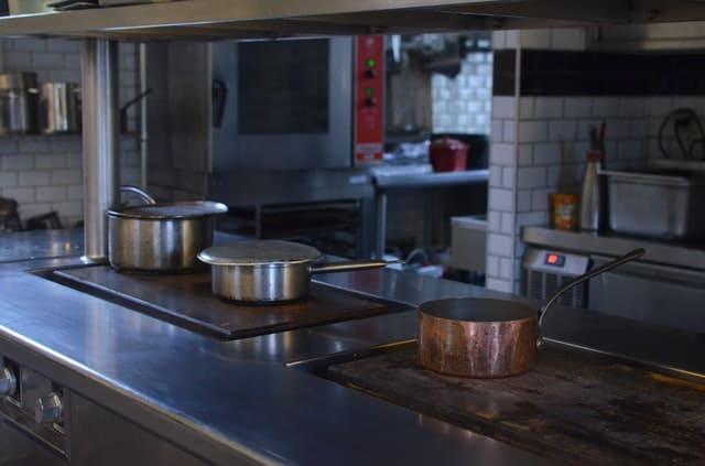 restaurant-kitchen-equipment